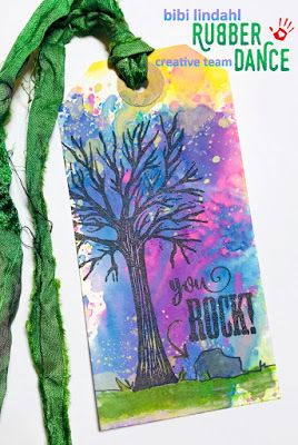 * Rubber Dance Blog *: Mixed Media Tag with Distress Oxide background