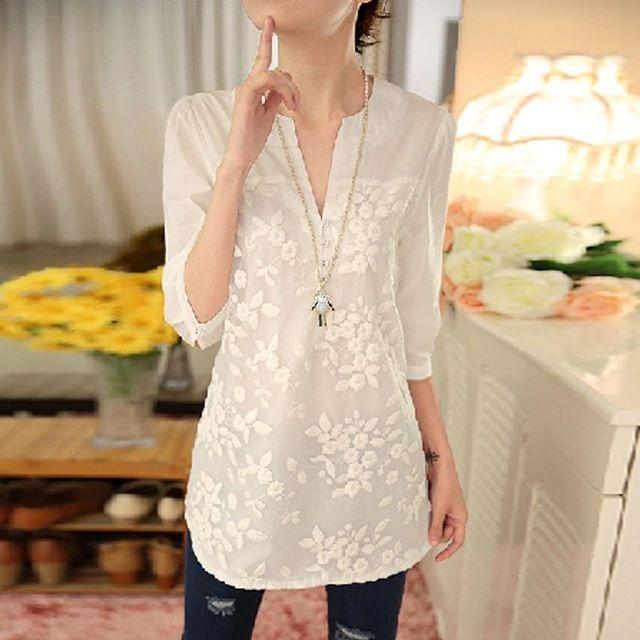2016 Nuevo Verano Coreano de Las Mujeres Blusa Blusa de Estampado de Flores Con Cuello En V Organza Bordada Camisa de Encaje Blanco Blusa Superior Más Tamaño 566F 25