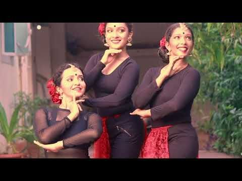 Despacito Dance Cover | Indian Fusion Trio : Piah Dance Company - YouTube