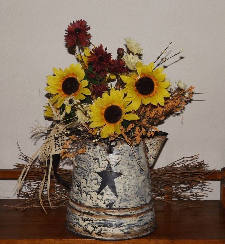 Primitive Crackle Star Coffee pot with Sunflowers floral Country/Farmhouse Decor - This was one of my projects....it turned out lovely!