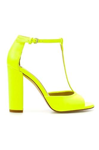 Some stellar Zara sandals for a super-bright spring. $89.44