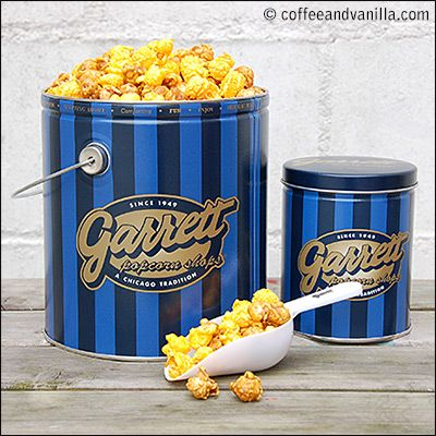 Garrett Popcorn - Chicago Mix: cheese & caramel