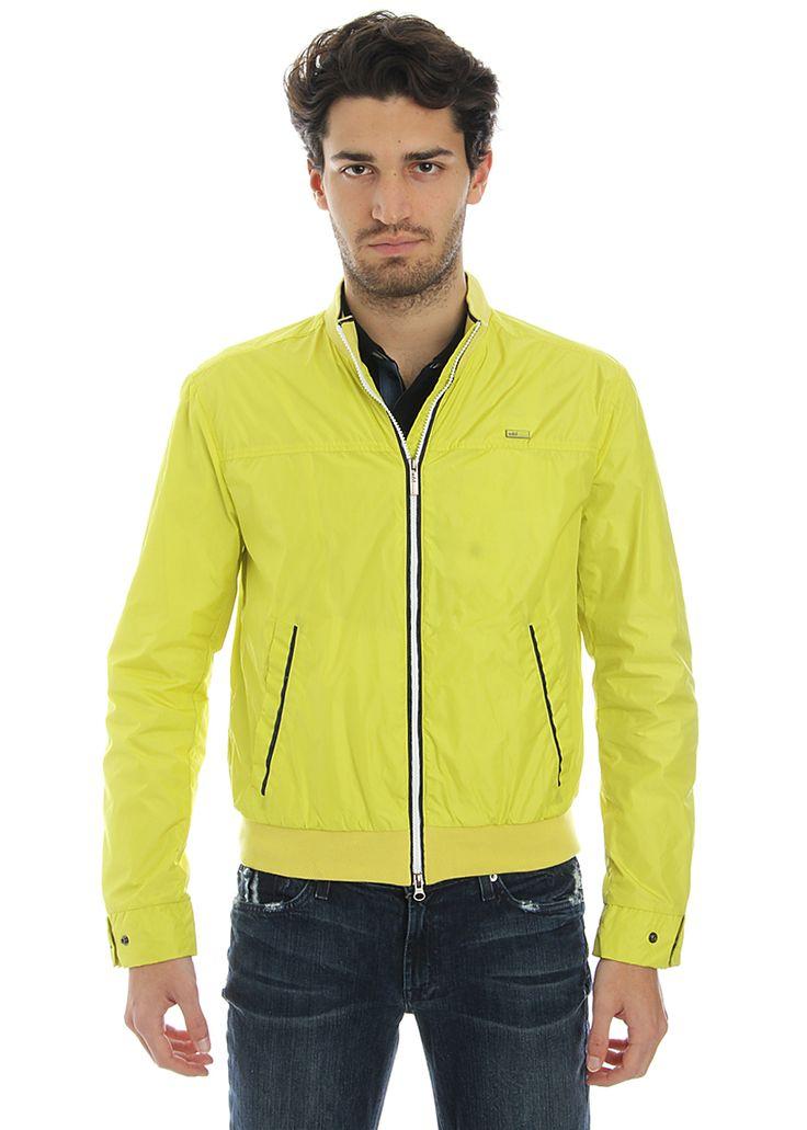 Man flashy yellow jacket, ADD on www.piustyle.com