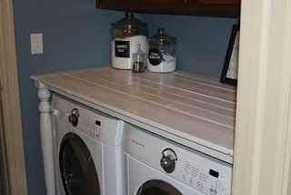 I love this DIY laundry room table tutorial for under 40 bucks!Repin