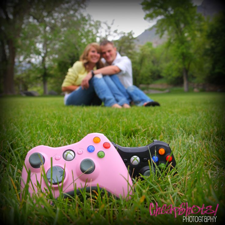 Super cute engagement picture ideas capturing hobby in engagement unique engagement picture ideas