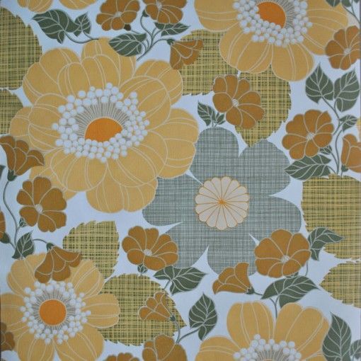 Vintage-behang,-allover-bloem-okergeel-op-witte-achtergrond