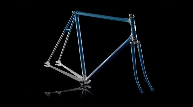 H-001 by Heritage-Paris Photo: David François #bicycle #frame #heritageparis #bespoke #photography #fixedgear #fixie #pignonfixe #luxe #luxury #davidfrancois #madeinfrance #handmade #handcrafted
