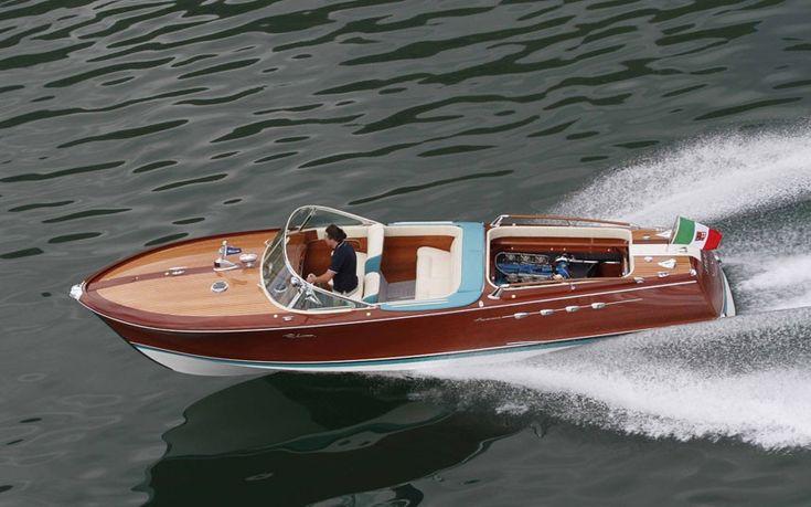 Lamborghini's twin-V12 speed boat