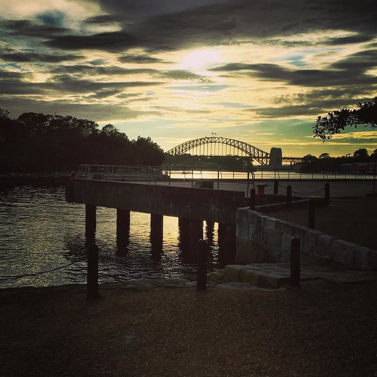 Never get sick of this #view. Especially on a #friday #friyay #sydney #sydneyharbourbridge #sydneyharbour #commute #soblessed #australia #seeaustralia #balmain #balmain2041 #sunrise #skyporn #toomanytags #clouds #weekend  by emstar3 http://ift.tt/1NRMbNv