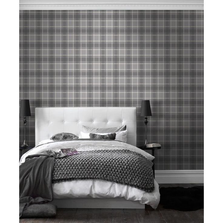 I Love Wallpaper™ Tartan Wallpaper Soft Grey / Charcoal (ILW980026)