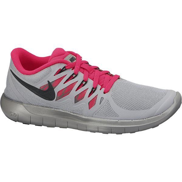 Sepatu Running Wanita Nike Free 5.0 Flash merupakan salah satu sepatu running yang sempurna untuk pelari profesional khususnya untuk pecinta barefoot runner. Mesh yang bertekstur sangat lembut dan ringan menjadikan kalian akan serasa memakai kaos kaki walau tidak memakai kaos kaki. tanpa jahitan dan overlay syntetis untuk kelenturan dan ringan.