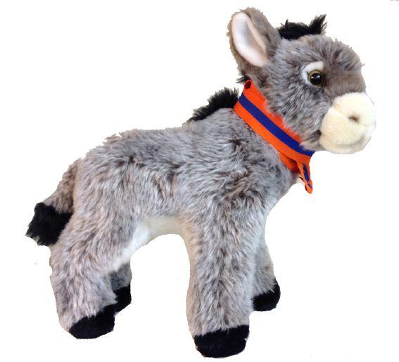 De Lampegatse Ezel. Pluche ezel voorzien van carnavaleske onderscheiding € 15,-
