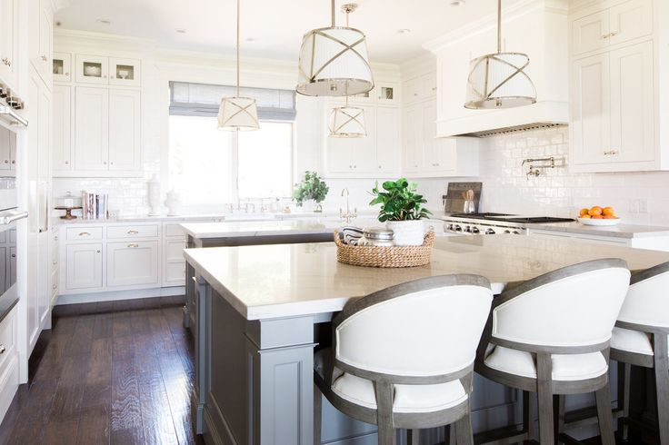 Swiss coffee by Benjamin Moore - cabinets