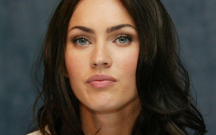 Megan Fox Mavi Göz
