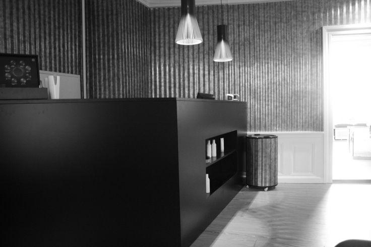 Interior design // custom made interior  indretning interior interiordesign design snedkeri ideas architecture arkitektur wood woodwork handmade furniture boligindretning butiksindretning interiordecoration #rum4