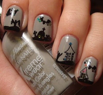 perfect halloween nails by