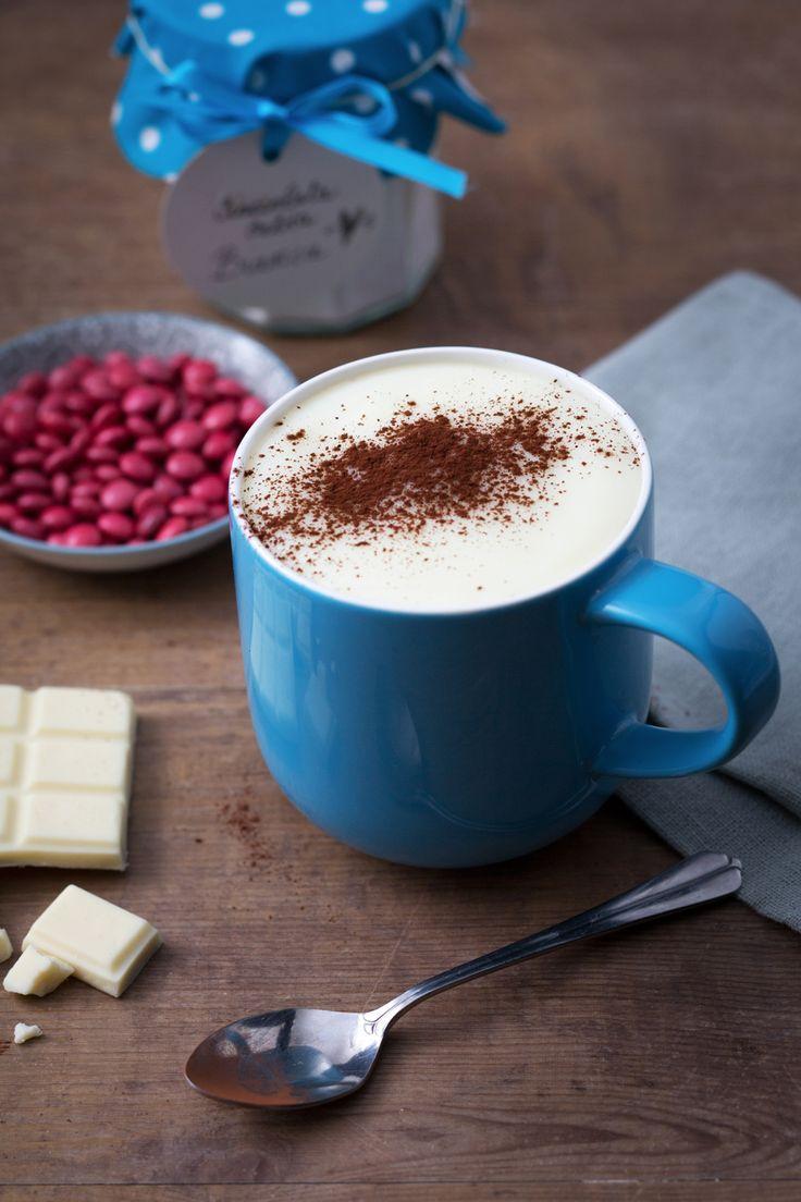 Cioccolata calda bianca: avvolgente e buonissima. Perfetta per affrontare i freddi giorni invernali. [white hot chocolate]