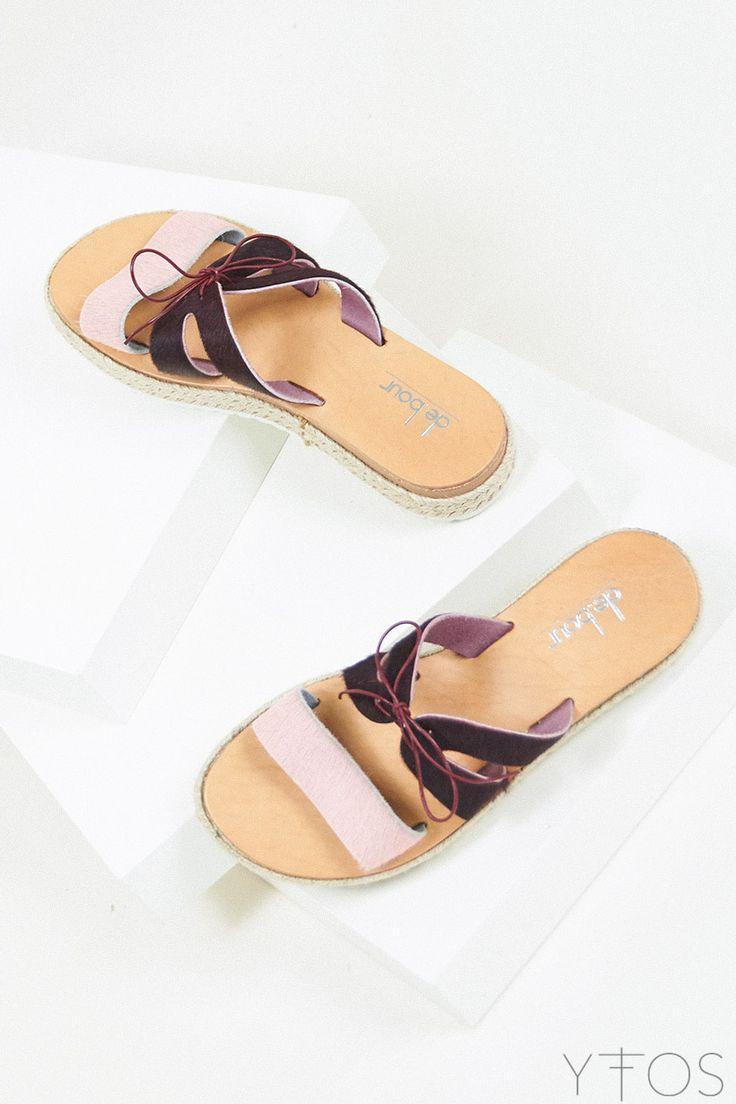 Yfos Online Shop | Shoes | Butterfly Sandals by De.bour