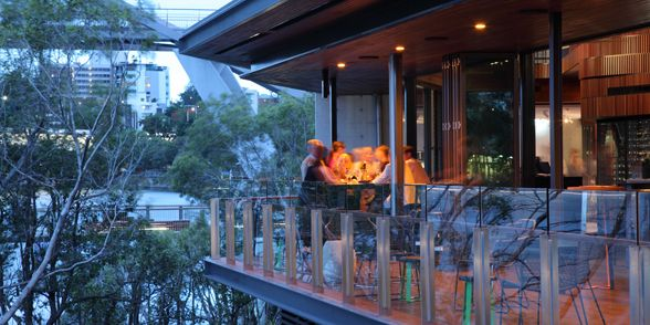 Stokehouse Brisbane, South Bank by Arkhefield. Photography: Scott Burrows
