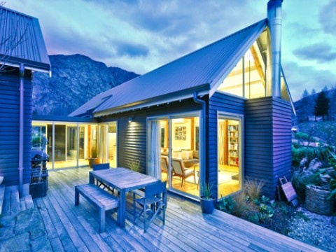 Gucci too luxury house in queenstown lakes new zealand for Luxury homes for sale new zealand