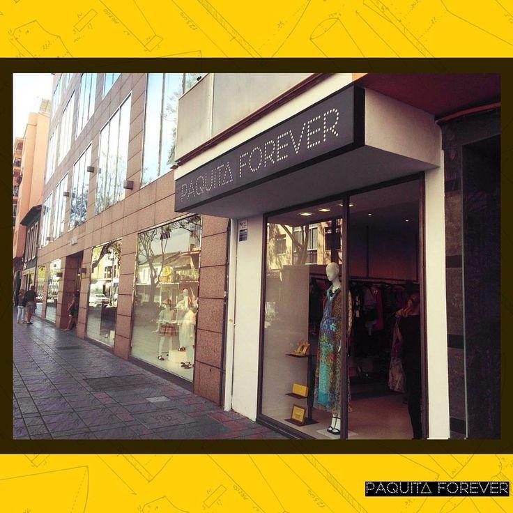 Justo en el centro de #Fuengirola 😍 tienda de ropa nueva