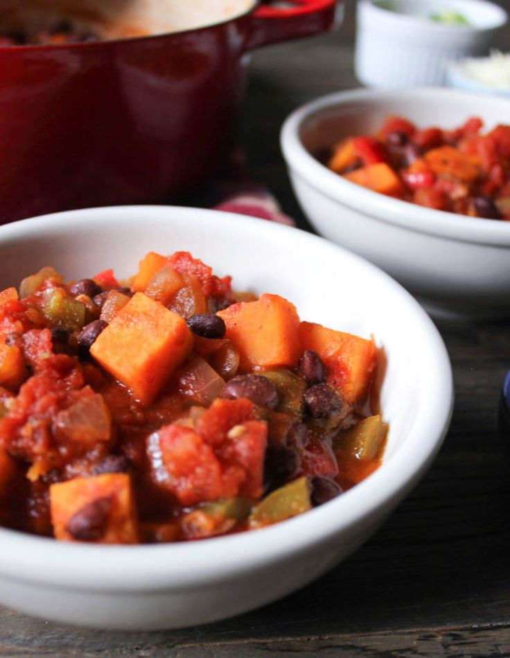 Sweet Potato and Black Bean Chili - Domesticate ME!