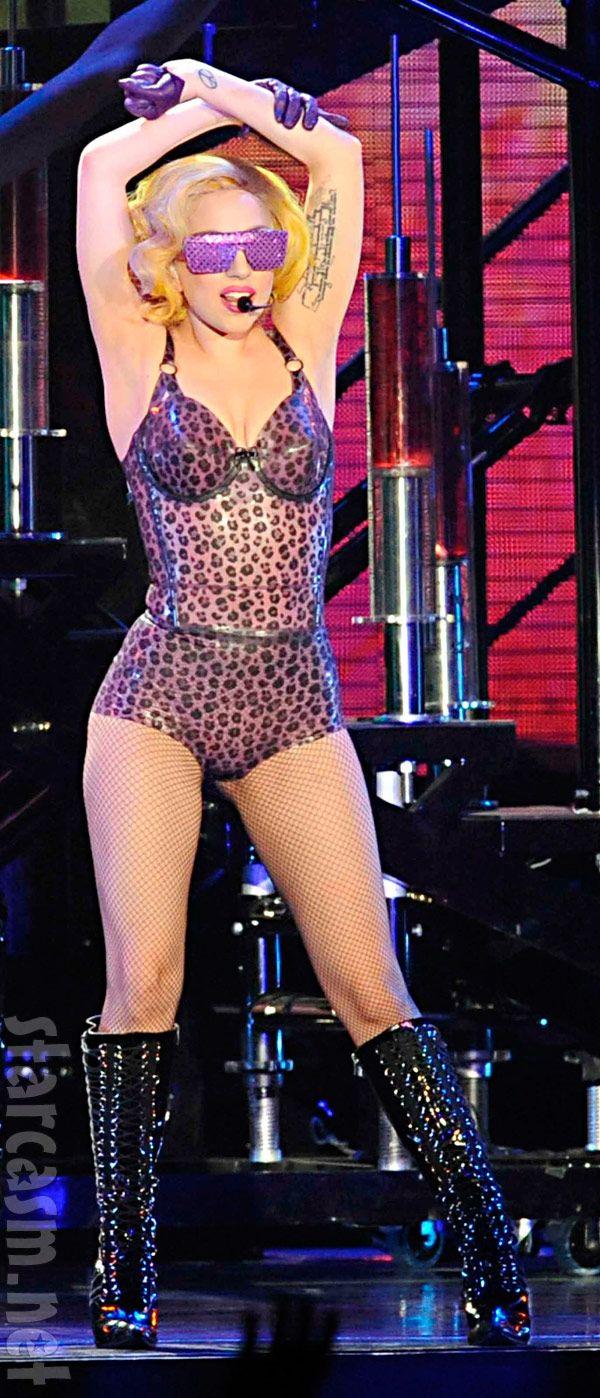 Google themes lady gaga - Lady Gaga Live Google Search