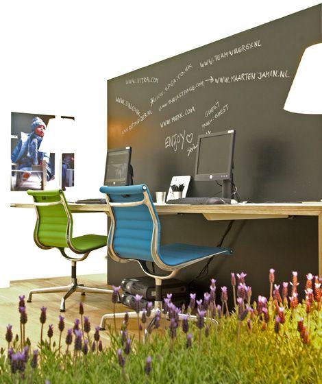 Mexx Design Centre : Sevil Peach Oeh, dit wil ik ook wel :-) Liefst nog in een andere kleur schoolbordverf. Ben niet zo van het zwart.