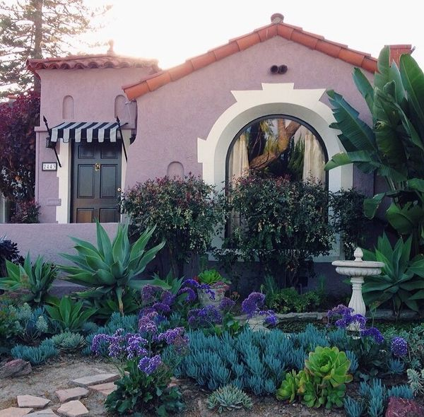 Small Garden Yard With Cute Purple Plants Contemporary: 1000+ Ideas About Spanish Garden On Pinterest