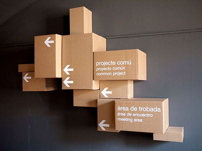 #signage #wayfinding #system #design #cardboard #box #white #arrow #direction #brown #wall #interior #3D