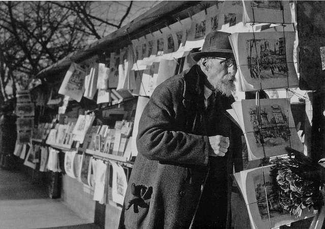 Robert Doisneau Les gravures du bouquiniste Paris 1960