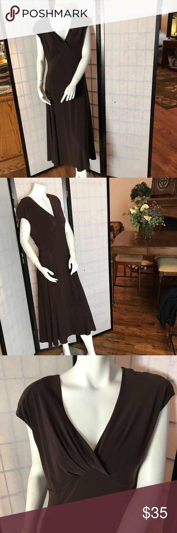 Jones New York Beautiful Brown dress Jones New York chocolate brown dress for the office or dinner dates. Next day shipping. Jones New York Dresses