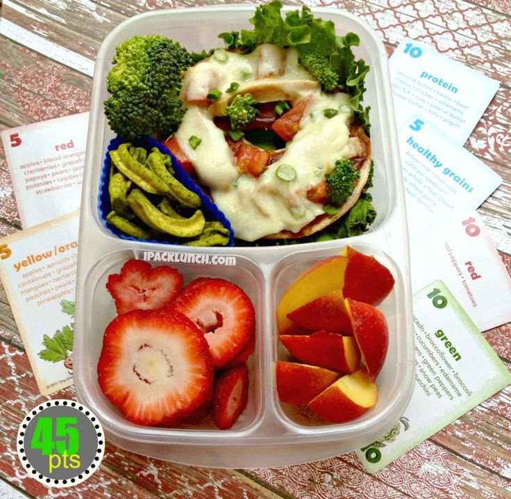 Healthy School Lunch Challenge - BBQ Bagel Pizza for @CrunchaColor