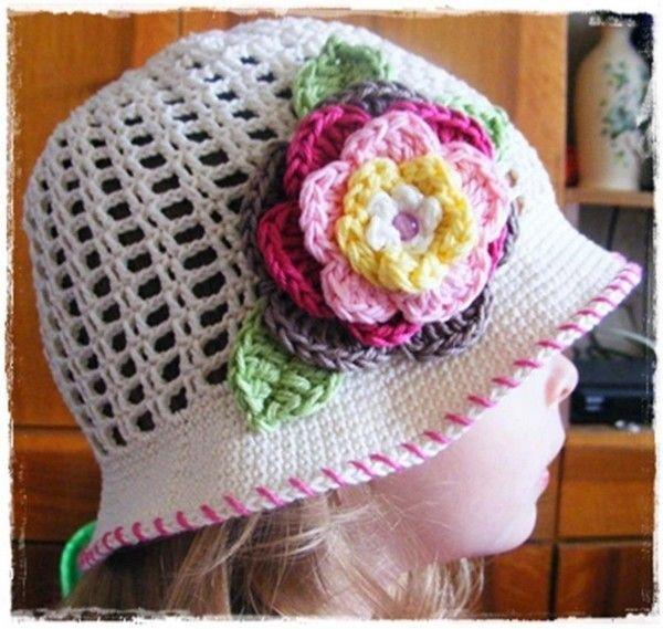 Chapeau fleuri : pas à pas en images !