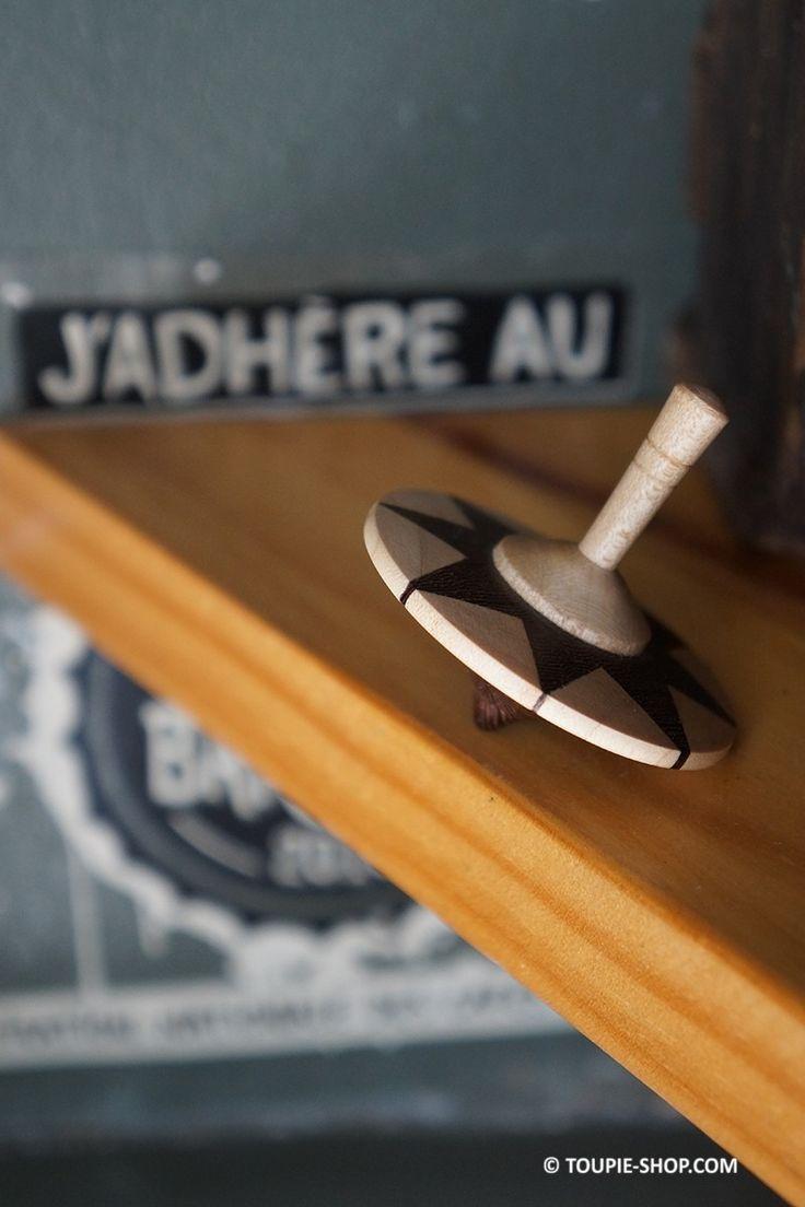Jeux Toupie Etoile Jouet en Bois Erable Wengé Jeu Fabriqué en France Cadeau Original Toupie Shop Magasin Jouets Toupies
