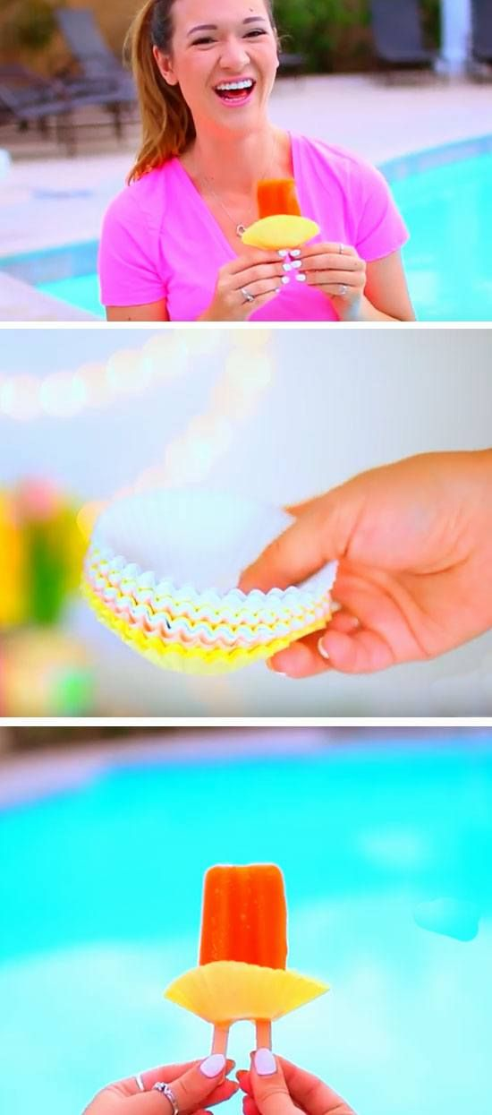 A Cupcake Liner Stops Popsicles Leaking | 22 DIY Beach Hacks for Teens that will change your life!