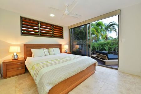 3/23 Murphy Street - Luxury Townhouse from $725 p/n Enquire http://www.fnqapartments.com/accommodation-port-douglas/ #portdouglasaccommodation