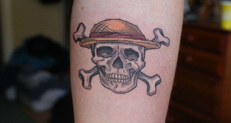 Tatuajes de calaveras piratas - http://www.tatuantes.com/tatuajes-calaveras-piratas/ #tattoo