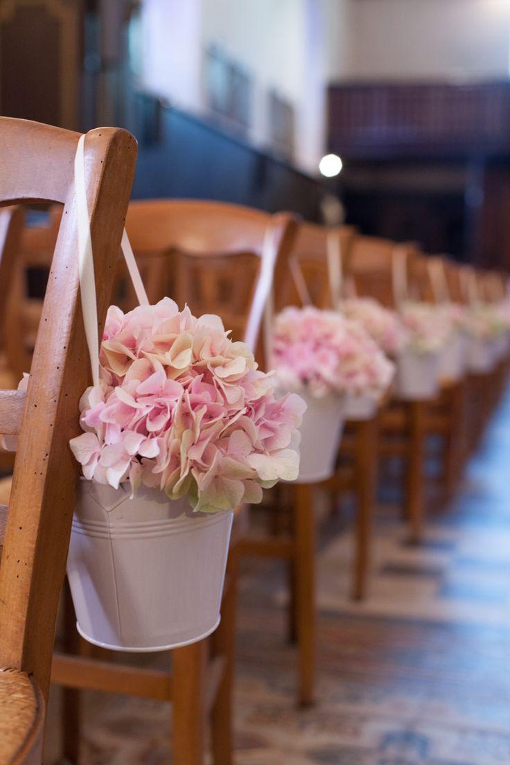 prettywedding.fr - décoration allée église
