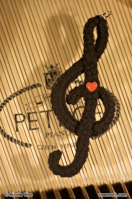 crochet treble clef could just stiffen with glue or mod podge instead of pipe cleaner. Black Bedroom Furniture Sets. Home Design Ideas