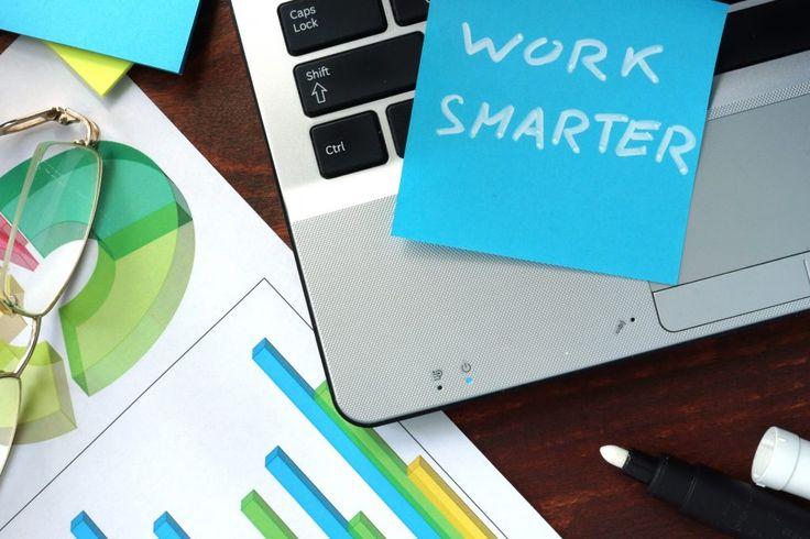 La tecnología ha multiplicado las posibilidades de las empresas para ser más productivas, permitir la flexibilidad y la descentralización laboral o monitorizar sus acciones. Hoy, destacamos tres beneficios con mayúsculas del uso de aplicaciones y herramientas digitales de trabajo...