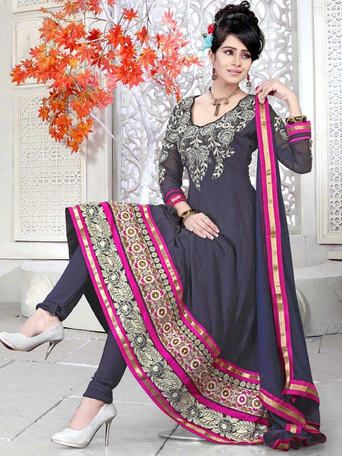 Buy Latest Collection Of salwar kameez At Kalazone Silkmill