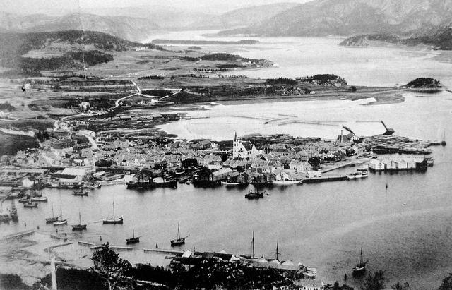 Namsos- oversikt i 1908 by Espen Sandmo, via Flickr