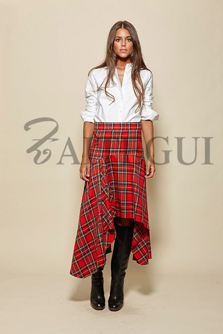 Asymmetric skirt of scots red plaid