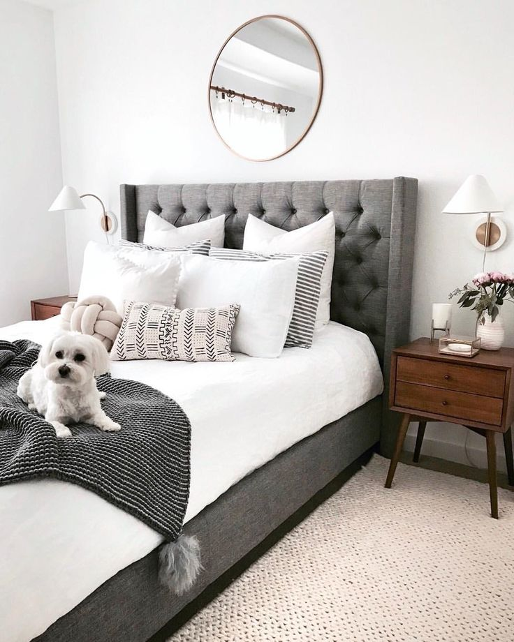 """575 Likes, 5 Comments - Crystalin Da Silva (@crystalinmarie) on Instagram: """"My favorite plain white duvet cover revealed . Tap the photo for details or shop my decor …"""""""