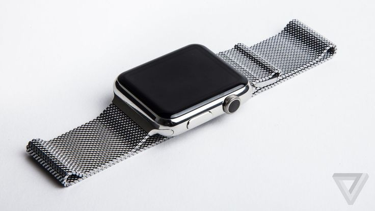 Apple extends first-generation Apple Watch service policy