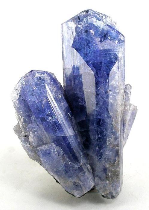 Tanzanite / Mineral Friends <3