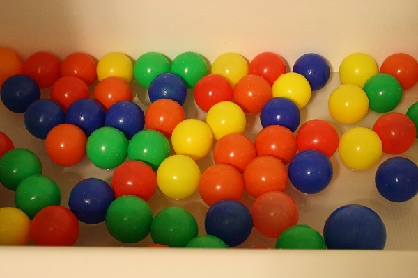 All those balls in the bathtub! My toddler will undoubtedly love this!