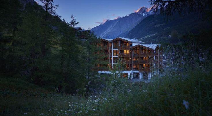 泊ってみたいホテル・HOTEL|スイス>ツェルマット>ツェルマットの360度の景色や周辺のアルプスのパノラマの景色を望むLa Vueは、村の閑静なロケーションに位置>ラ ヴュ(La Vue)