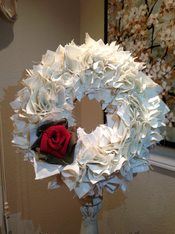 Snow White inspired 12 Linen Christmas wreath by PurrtyNeatStuff, $49.95